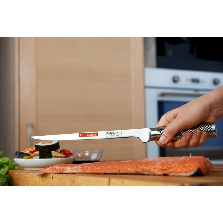 Нож за филетиране и обезкостяване 21см G-30 Global Japan